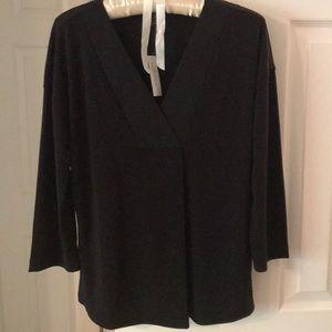 Banana Republic black 3/4 sleeve V neck blouse